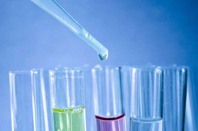 synthetische stoffen cosmetica
