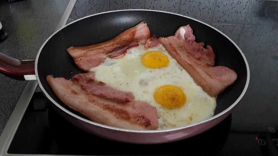 ketogeen dieet kanker diabetes bacon eggs