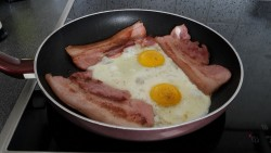 ketogeen dieet kanker diabetes bacon eggs